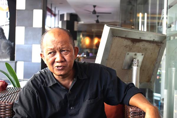 Penyair Acep Syahril, sahabat dari Indramayu.