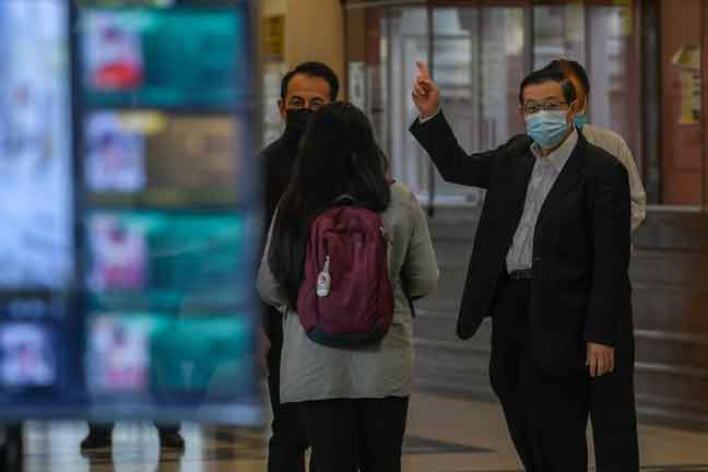 Lim tuntut ganti rugi RM20 juta terhadap Raja Petra