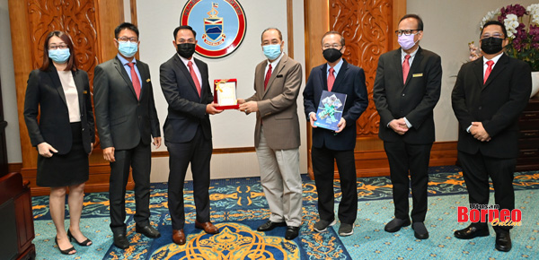 Hajiji terima kunjungan hormat ACEM Cawangan Sabah