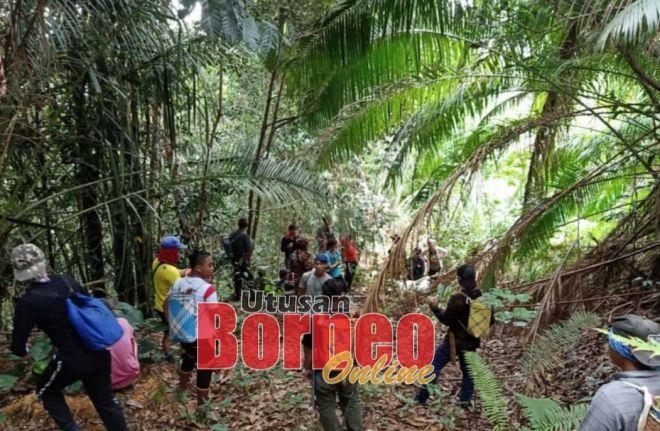 Operasi SAR sedang giat dilakukan dalam mengesan seorang wanita yang dilaporkan hilang ketika mencari hasil hutan diBukit Tugung, Nanga Lijan,Julau.