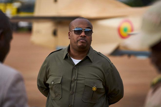 Gambar fail 11 Julai, 2018 menunjukkan Kieta menghadiri majlis di pangkalan tentera udara di Bamako, Mali. — Gambar AFP