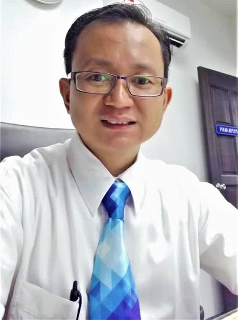 Kevin Nyait, pegawai kerajaan
