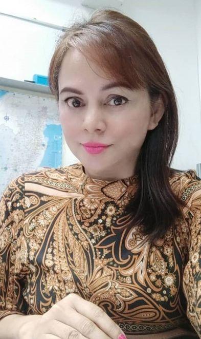 Nelly Tawai, kakitangan perakaunan