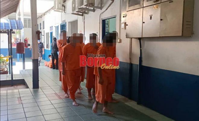 Tujuh suspek direman sehari bagi membantu siasatan kejadian pergaduhan di Piasau Jaya.