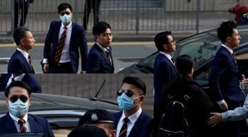 BERSALAH: Lima daripada tujuh pegawai (dari kiri) Ketua Inspektor Wong Cho-sing, konstabel Chan Siu-tan dan Kwan Ka-ho, Sarjan Pak Wing-bun dan Inspektor Kanan Lau Cheuk-ngai tiba di mahkamah di Hong Kong, semalam. Gambar sisipan menunjukkan (dari kiri) konstabel Lau Hing-pui dan Wong Wai-ho. — Gambar Reuters