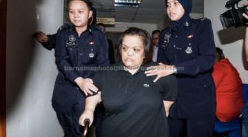 TERIMA PADAH: Rohaida dipenjara tiga tahun dua bulan oleh Mahkamah Majistret Ampang semalam kerana menipu seorang pakar bedah kosmetik bergelar Datuk berjumlah RM1.203 juta. — Gambar Bernama