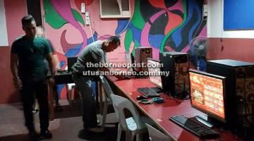 TAK SERIK!: Judi siber terus beroperasi meskipun serbuan demi serbuan dijalankan polis.