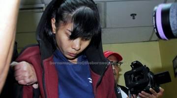 DIIKAT JAMIN: Sam di bawa keluar dari Mahkamah Majistret Trafik di Johor Bahru, semalam selepas mengaku tidak bersalah terhadap pertuduhan memandu kenderaan secara melulu hingga menyebabkan kematian lapan remaja berbasikal pada 18 Februari lepas. — Gambar Bernama