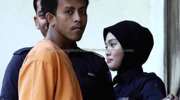 DIDAKWA: Iskandar dihadapkan di Mahkamah Majistret Temerloh atas pertuduhan membunuh seorang wanita yang juga sepupunya dalam kejadian malam 21 Okt lalu. — Gambar Bernama