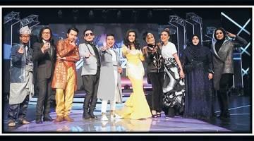 MALAM INI: Sepuluh bintang GV4 yang akan membuat persembahan malam ini dalam konsert bertemakan 'Berdua Lebih Baik'.