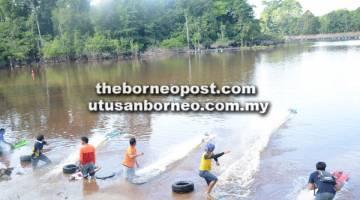 PASTI MERIAH: Acara bot kawalan jauh yang akan diadakan di Loagan Langari, Batu Danau Limbang pada Sabtu dan Ahad ini.