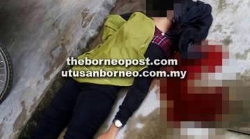 JATUH: Mangsa cedera parah di kepala dipercayai terjatuh dari blok kediamam di Kota Samarahan.