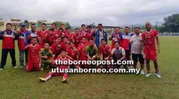 Skuad bawah 19 tahun Sabah merakamkan reaksi gembira selepas menang 2-1 ke atas Kuala Lumpur pada saingan Kumpulan A liga Piala Belia di Stadium Penampang pada Ahad.