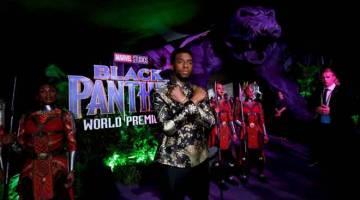 GAMBAR FAIL: Chadwick Boseman semasa tayangan perdana 'Black Panther' di Los Angeles pada 29 Januari 2018. — Gambar Reuters