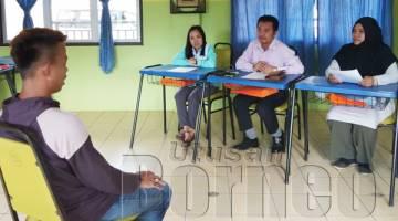 SESI temuduga peserta program kerjaya di Taman Seri Puteri, Kota Kinabalu.