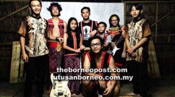 SEMAKIN DIKENALI: Pinanak Sentah berhasrat dapat menjadi dorongan kepada anak-anak muda khususnya dari Borneo untuk mengekalkan minat dalam muzik rentak tradisional dan moden, yang digabungkan menjadi muzik hutan hujan.