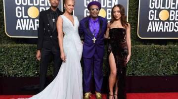 TERSENDIRI: Spike Lee & keluarga. — Gambar AFP