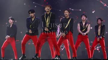 Persembahan oleh kumpulan K-Pop, SF9 yang dinanti-nantikan oleh penonton.