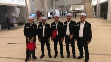 MUSIM BAHARU: Barisan petugas media RTM untuk Salam Baitullah 2019.