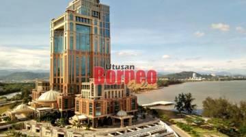 PUSAT PENTADBIRAN: Bangunan Pusat Pentadbiran Kerajaan Negeri Sabah (PPNS) menjadi lambang usaha pembangunan di negeri ini.