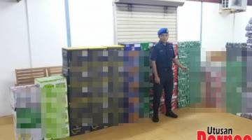 RAMPAS: Sebahagian daripada minuman keras pelbagai jenama yang dirampas PPM dan Jabatan Kastam Kudat selepas dijual tanpa kastam.