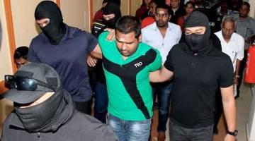 DIBICARAKAN: Mahkamah Sesyen memindahkan kes S. Arivainthan dan V. Balamurugan atas tuduhan memberi sokongan kepada kumpulan pengganas LTTE, ke Mahkamah Tinggi Kuala Lumpur. — Gambar Bernama