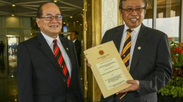 LANDASAN TEPAT: Belanjawan Negeri 2020 menunjukkan kesungguhan Abang Johari dan kabinetnya membangunkan Sarawak menuju status negeri maju pada 2030.