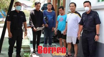 DIDAKWA: Keempat-empat tertuduh didakwa di Mahkamah Majistret Sibu kerana melanggar PKP.