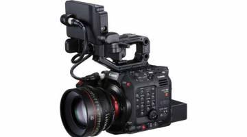 BAHARU: Canon C300 Mark III dilengkapi dengan platform pemprosesan video DIGIC DV 7, membolehkan ia menyokong rakaman kadar bingkai tinggi 4K/120p. CMOS AF Piksel Duaan juga memberikan ketepatan fokus dengan kejituan tinggi yang diperlukan dalam rakaman 4K.