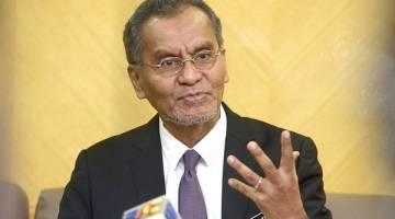 KRTIKAN: Bekas Menteri Kesihatan Datuk Seri Dr Dzulkefly Ahmad mengkritik bahawa tindakan buka semula ekonomi agak tergesa-gesa, patut ambil lebih masa.