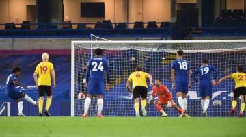 SENGIT: Perlawanan di antara Chelsea dan Watford yang berlangsung di Stamford Bridge. — Gambar AFP