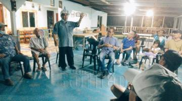 BANGUN INANAM: Totin ketika berucap di Natai Siba Telipok.