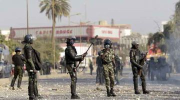 Seorang terbunuh ketika protes penangkapan pemimpin Senegal