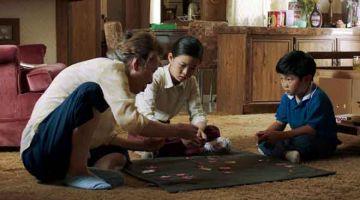 MINARI: Difilemkan dalam bahasa Inggeris dan Korea, 'Minari' menjadi contoh unggul dalam menceritakan Amerika, dengan barisan pelakon termasuk bintang 'Walking Dead' Steven Yeun (kanan) dan pelakon wanita veteran Korea Youn Yuh-Jung, serta lebih meletakkan fokus dalam hubungan keluarga daripada isu perkauman mahupun etnik.