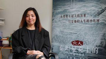 PENERBIT 'THE SIX': Gambar yang diambil pada 20 April 2021 ini menunjukkan Luo Tong, penerbit  dokumentari tentang warga China yang terselamat dari kapal Titanic berjudul 'The Six' semasa satu temubual di Shanghai.  — Gambar AFP