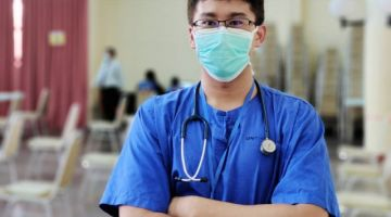 Dr Muhammad Yusree selaku Ketua PPV Dewan Suarah Kota Samarahan. - Gambar ihsan Jabatan Penerangan