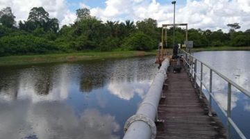 Keadaan kolam takungan air mentah Sungai Ud selepas dibersihkan