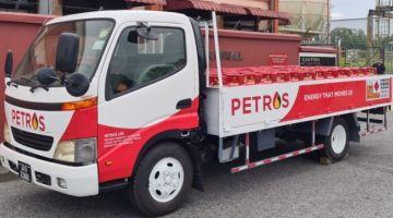 Silinder LPG PETROS dalam penghantaran ke Kuching.