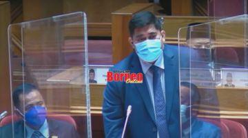 SIDANG: Shahelmey ketika menjawab soalan semasa sidang DUN.