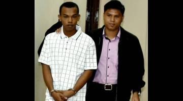 DIBICARAKAN: Syamsul dihadapkan ke Mahkamah Sesyen Tawau semalam atas tuduhan cuba memberi rasuah kepada seorang anggota pasukan keselamatan Malaysia pada 27 Mac lepas. — Gambar Bernama