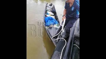 JURAGAN dan dua penumpang bot laju ini dilihat melarikan diri ke arah kawasan bakau Sg Serudong Tawau.