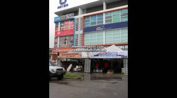 KUNJUNGI KAMI: Premis Botra Sdn Bhd yang terletak di No. 53-59, Lot 10315-10321, Matang Ria Shopping Centre, Jalan Matang.