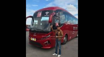 PERCUMA: Lai menunjukkan bas persiaran Scania milik syarikat Bus Asia Biaramas Express  yang menyediakan perkhidmatan WiFi percuma untuk penumpang