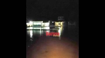 Padang Terbang Lawas yang dinaiki air akibat hujan lebat